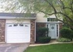 Short Sale in Streamwood 60107 WINCHESTER DR - Property ID: 6318193322