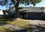 Short Sale in Brandon 33511 HIGH KNOLL DR - Property ID: 6319133657
