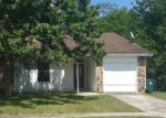 Short Sale in Jacksonville 32216 HIDDEN VILLAGE DR - Property ID: 6321914800