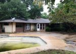 Foreclosure Auction in Arlington 76013 WESTVIEW TER - Property ID: 1717589651