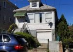 Foreclosure Auction in Bronx 10469 HICKS ST - Property ID: 1718524276