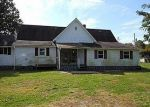 Foreclosed Home in Columbus 47201 W DEAVER RD - Property ID: 1956366500