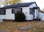 Foreclosed Home in Rockford 61101 SUMMERDALE AVE - Property ID: 2506230590