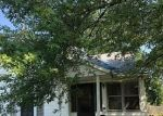 Foreclosed Home in Benton 62812 MCFALL ST - Property ID: 2731147311