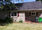 Foreclosed Home in North Canton 44720 ROYER AVE NW - Property ID: 2787616623