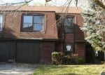 Foreclosed Home in Bolingbrook 60440 KIRKWOOD CIR - Property ID: 2907311850