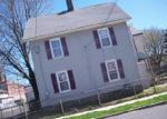 Foreclosed Home in Bridgeport 06608 MAPLE ST - Property ID: 3123240920
