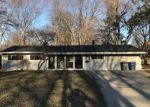 Foreclosed Home in Toledo 43606 W LINCOLNSHIRE BLVD - Property ID: 3233078661