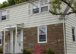 Foreclosed Home in Waterbury 06704 MORAN ST - Property ID: 3695401374