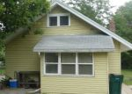 Foreclosed Home in Lansing 48915 MIDDLE ST - Property ID: 3815222745