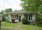 Foreclosed Home in Central City 42330 N 3RD ST - Property ID: 3816184530
