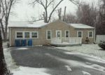 Foreclosed Home in Melrose Park 60164 GENEVA AVE - Property ID: 3912209456