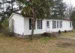 Foreclosed Home in Loris 29569 BRIGHT LEAF RD - Property ID: 3912727580