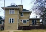 Foreclosed Home in Oak Park 60302 N ELMWOOD AVE - Property ID: 3919830642