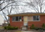Foreclosed Home in Saint Clair Shores 48082 DEZIEL ST - Property ID: 3941304955