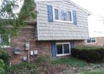 Foreclosed Home in Canton 48187 CREEKVIEW DR - Property ID: 3959807597