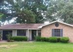 Foreclosed Home in Beaumont 77706 KIPLING DR - Property ID: 3993169379