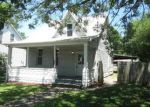 Foreclosed Home in New Baden 62265 W HANOVER ST - Property ID: 3995410949
