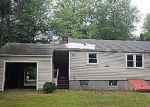Foreclosed Home in Windsor 06095 LEPAGE RD - Property ID: 4006072992