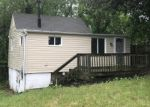 Foreclosed Home in Capitol Heights 20743 MENTOR AVE - Property ID: 4015159174