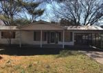 Foreclosed Home in Somerset 42501 ROYAL LN - Property ID: 4017423512