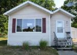 Foreclosed Home in Muskegon 49441 W SHERMAN BLVD - Property ID: 4017515933