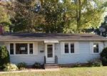 Foreclosed Home in West Hartford 06107 BEECHWOOD RD - Property ID: 4049548913