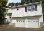 Foreclosed Home in Waterbury 06705 WINDY DR - Property ID: 4056972566