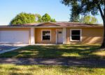 Foreclosed Home in Tampa 33624 HOLLOW HILL DR - Property ID: 4064590683