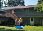 Foreclosed Home in Fairfield 06825 VALLEY RD - Property ID: 4065325608