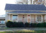 Foreclosed Home in Herrin 62948 W MONROE ST - Property ID: 4081859108