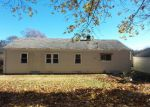 Foreclosed Home in Stratford 06614 BAYBERRY LN - Property ID: 4091891799