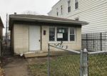 Foreclosed Home in Chicago 60609 S LOWE AVE - Property ID: 4098419802