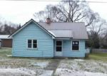 Foreclosed Home in Onekama 49675 3RD ST - Property ID: 4099680726