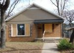 Foreclosed Home in Fort Worth 76111 RIVERSIDE DR - Property ID: 4100032409