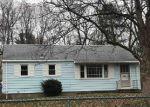 Foreclosed Home in Hamden 06514 W HELEN ST - Property ID: 4102068107