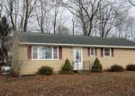 Foreclosed Home in Wolcott 06716 FORESTVIEW DR - Property ID: 4109484325