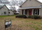 Foreclosed Home in Devine 78016 S JAMISON DR - Property ID: 4109880251