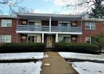 Foreclosed Home in West Hartford 06119 OAKWOOD AVE - Property ID: 4111990415