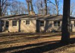 Foreclosed Home in Indianapolis 46226 DEVON DR - Property ID: 4112241825