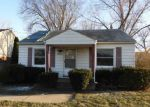 Foreclosed Home in Roseville 48066 E 14 MILE RD - Property ID: 4118006878