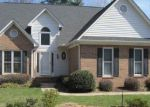 Foreclosed Home in Greenville 29609 HALF MILE WAY - Property ID: 4123032620