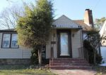 Foreclosed Home in Bridgeport 06604 CLEVELAND AVE - Property ID: 4125170363