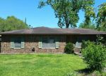 Foreclosed Home in Giddings 78942 COLENE ST - Property ID: 4126270111