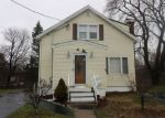 Foreclosed Home in Stratford 06614 HENRY AVE - Property ID: 4128221290
