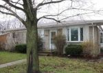 Foreclosed Home in Roseville 48066 MASONIC BLVD - Property ID: 4128935187