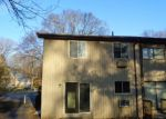 Foreclosed Home in Waterbury 6708 OAKVILLE AVE - Property ID: 4132957550
