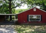 Foreclosed Home in Weatherford 76086 E BANKHEAD DR - Property ID: 4134502723
