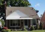 Foreclosed Home in Eastpointe 48021 LINCOLN AVE - Property ID: 4139149174