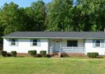 Foreclosed Home in Richmond 23236 ARKWRIGHT RD - Property ID: 4142299536